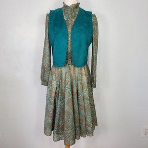 Vintage Belted Ruffle Dress with Vest, 12
